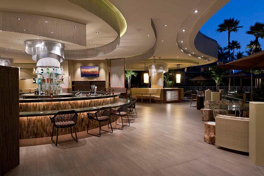 KO Restaurant, Host Hotels & Resorts
