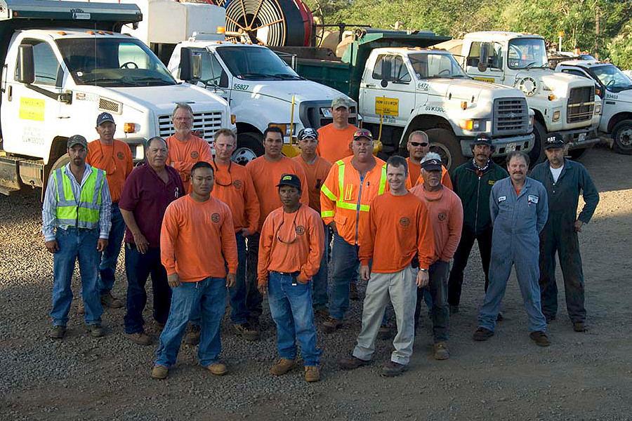 Henkels fiber optic construction crew
